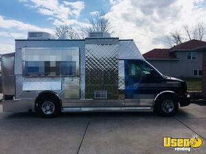 2008 Chevy Express G3500 Food Truck Concession Window Indiana Gas Engine for Sale