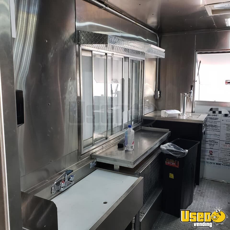 2008 Chevy Workhorse Coffee & Beverage Truck Floor Drains District Of Columbia Gas Engine for Sale - 5