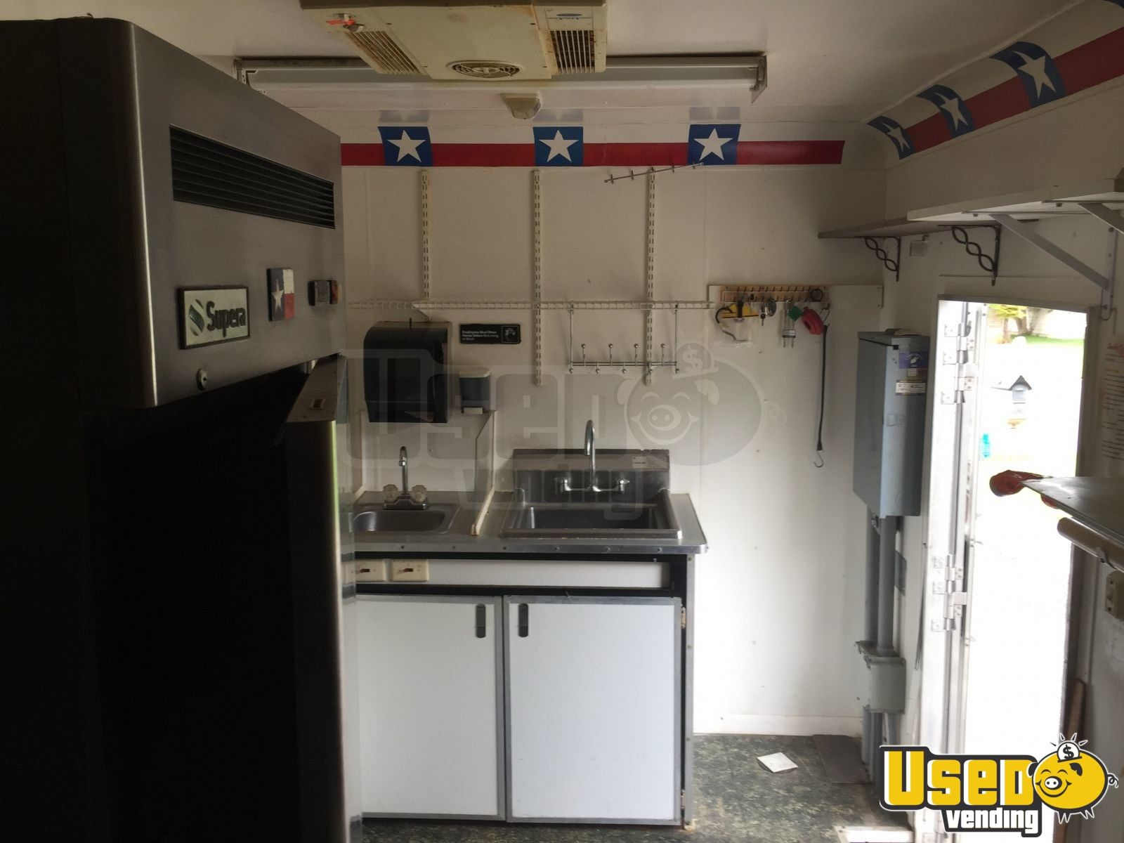 2008 Food Concession Trailer Kitchen Food Trailer Refrigerator Texas for Sale - 10