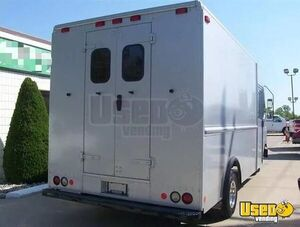 2008 Ford E450 Stepvan 4 Michigan Gas Engine for Sale