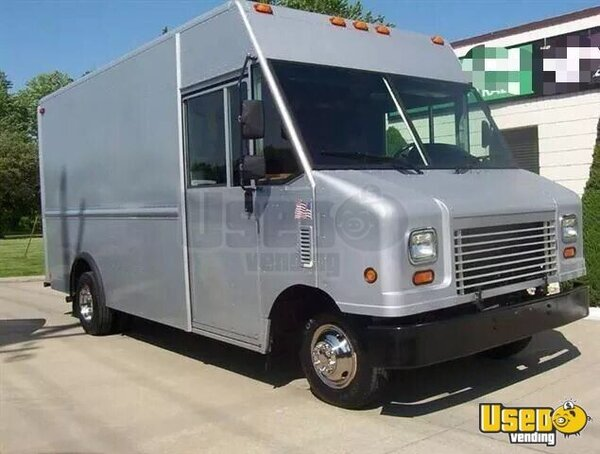 2008 Ford E450 Stepvan Michigan Gas Engine for Sale