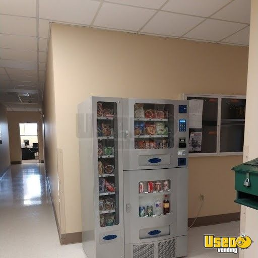 2009 Antares / Office Deli Antares Office Deli Vending Combo Texas for Sale