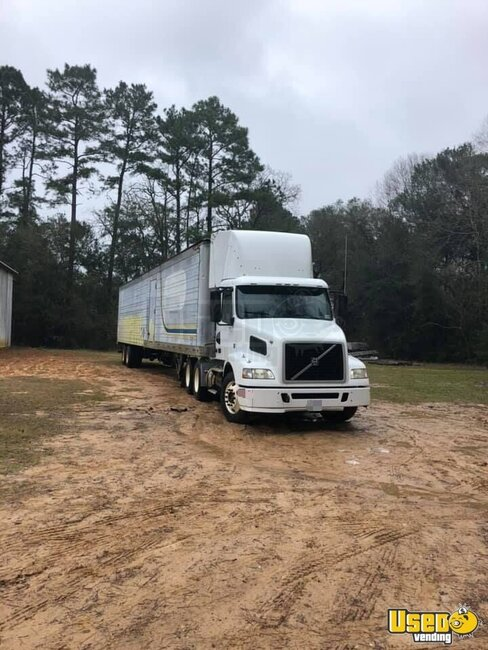 2009 D11 Volvo Semi Truck Louisiana for Sale