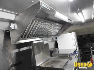 2009 E450 All-purpose Food Truck All-purpose Food Truck Flatgrill Kansas Gas Engine for Sale