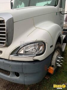 2009 Freightliner Semi Truck 3 Washington for Sale