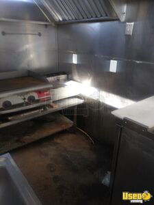 2009 Kitchen Food Trailer Fryer Texas for Sale