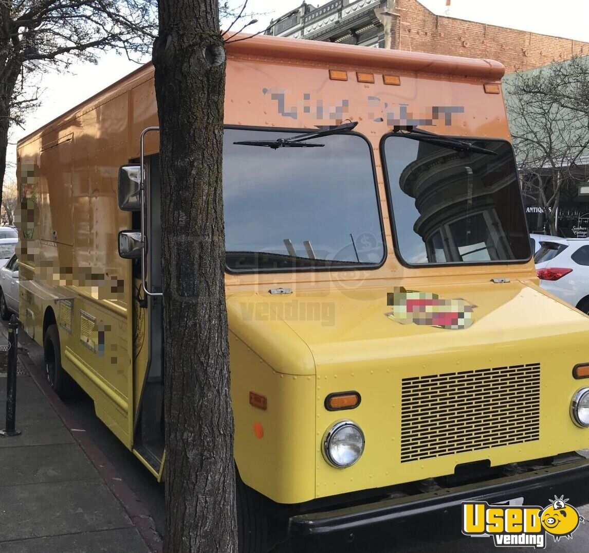 2009 Workhorse All-purpose Food Truck Cabinets California Gas Engine for Sale - 5