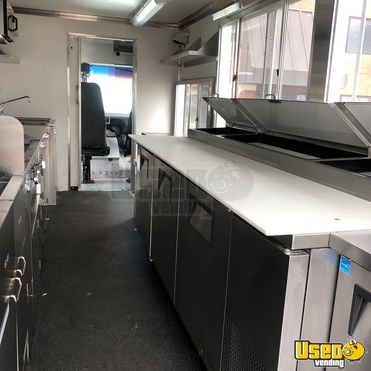 2009 Workhorse Diesel All-purpose Food Truck Prep Station Cooler Utah Diesel Engine for Sale - 5