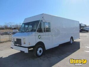 7.7' x 22' Workhorse Step Van Truck for Conversion for Sale in Missouri!!!