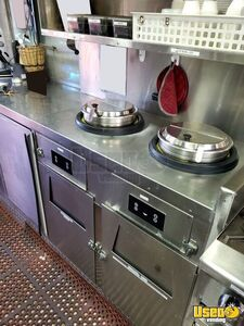 2010 Mt-45 Step Van Kitchen Food Truck All-purpose Food Truck Propane Tank California Diesel Engine for Sale