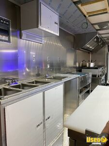 2010 Workhorse Step Van Kitchen Food Truck All-purpose Food Truck Pro Fire Suppression System Indiana Gas Engine for Sale