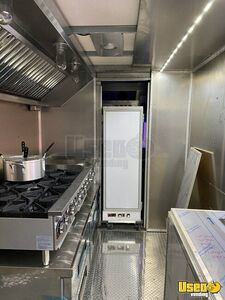 2010 Workhorse Step Van Kitchen Food Truck All-purpose Food Truck Stovetop Indiana Gas Engine for Sale