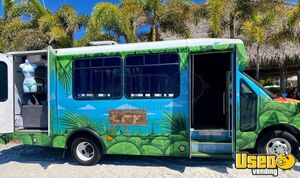 2011 3500 Express Mobile Beachwear Boutique Truck Mobile Boutique Trailer Air Conditioning Florida Gas Engine for Sale