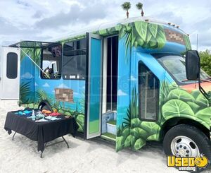 2011 3500 Express Mobile Beachwear Boutique Truck Mobile Boutique Trailer Florida Gas Engine for Sale