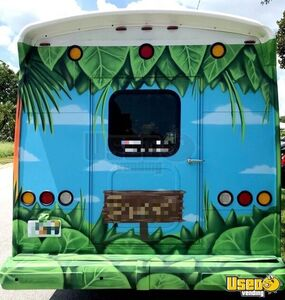 2011 3500 Express Mobile Beachwear Boutique Truck Mobile Boutique Trailer Gas Engine Florida Gas Engine for Sale
