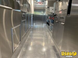 2011 Custom Built Kitchen Food Truck All-purpose Food Truck Air Conditioning California for Sale