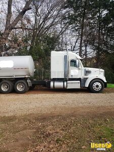 2011 Freightliner Semi Truck 2 Texas for Sale