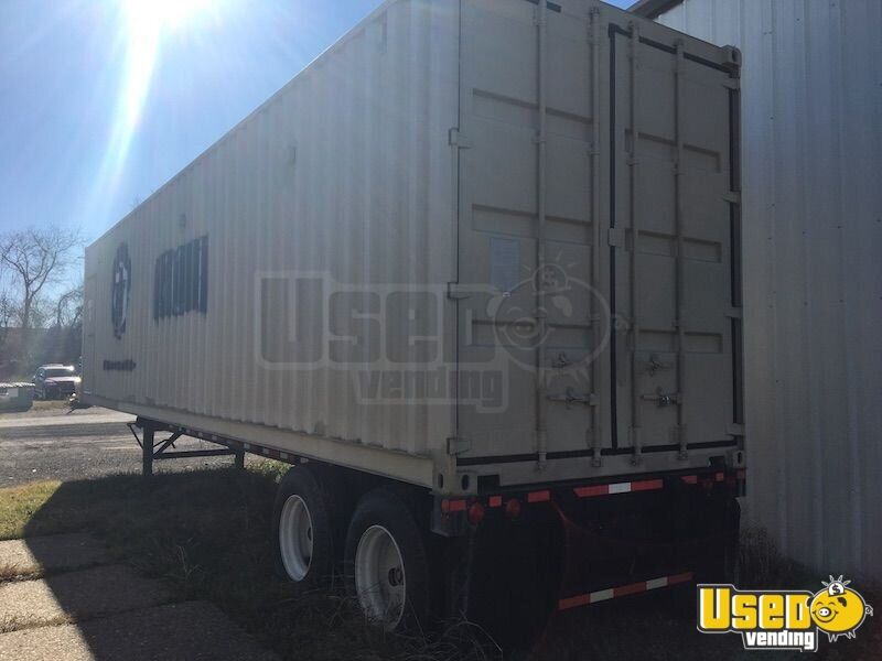 2011 Vanguard Party / Gaming Trailer Breaker Panel Oklahoma for Sale - 6