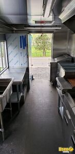 2011 Workhorse All-purpose Food Truck Prep Station Cooler New Jersey Diesel Engine for Sale