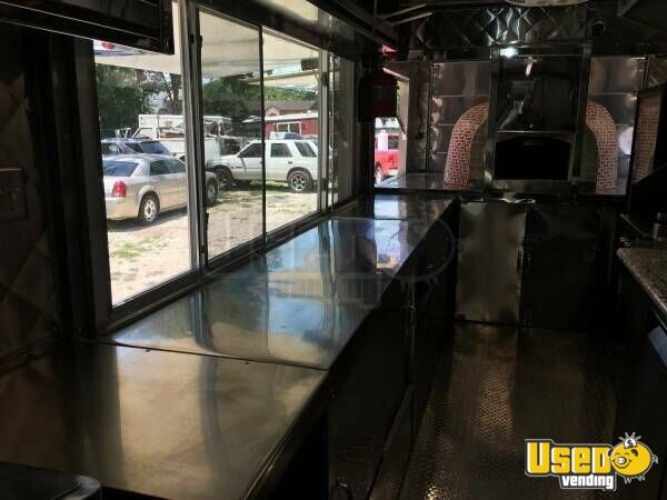 2011 Workhorse Pizza Food Truck Backup Camera Texas Gas Engine for Sale - 10
