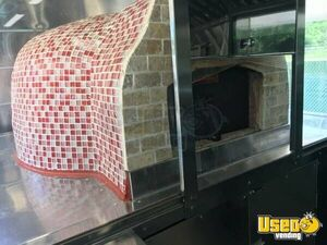 2011 Workhorse Pizza Food Truck Chef Base Texas Gas Engine for Sale