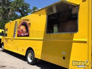 2011 Workhorse Pizza Food Truck Concession Window Texas Gas Engine for Sale