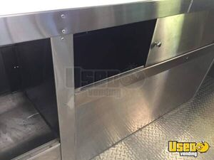 2011 Workhorse Pizza Food Truck Warming Cabinet Texas Gas Engine for Sale