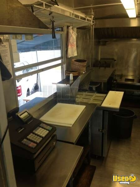 2012 1989 Fedex Truck All-purpose Food Truck Upright Freezer Florida Diesel Engine for Sale - 3