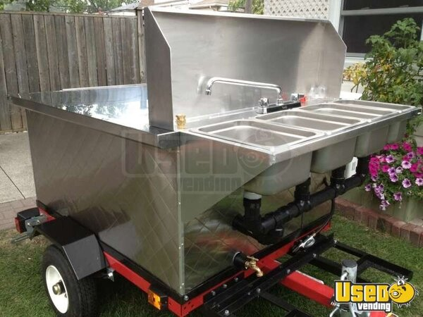 2012 Dock Dawgs Deluxe Mobile Food Cart Cart Michigan for Sale