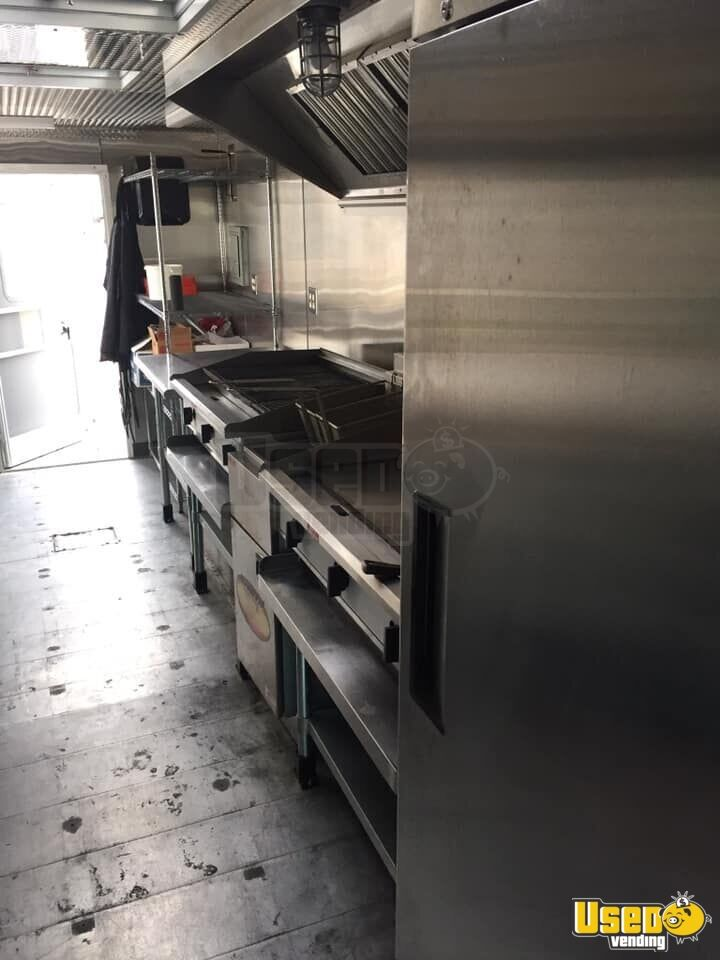 2012 Kitchen Food Trailer Floor Drains Iowa Diesel Engine for Sale - 6