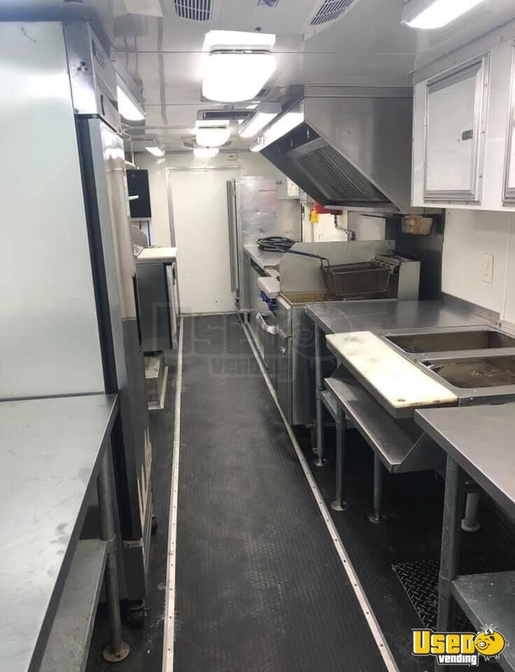 2012 Kitchen Food Truck All-purpose Food Truck Awning Oklahoma Diesel Engine for Sale - 5