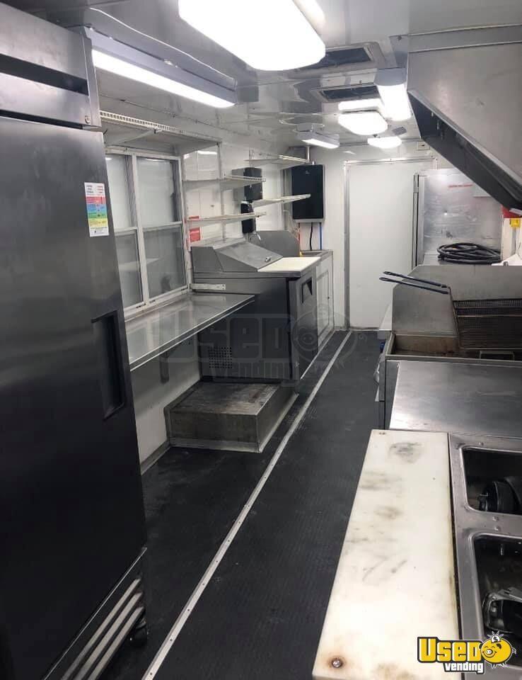 2012 Kitchen Food Truck All-purpose Food Truck Exterior Customer Counter Oklahoma Diesel Engine for Sale - 6