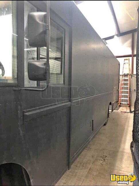 2012 Kitchen Food Truck All-purpose Food Truck Oklahoma Diesel Engine for Sale