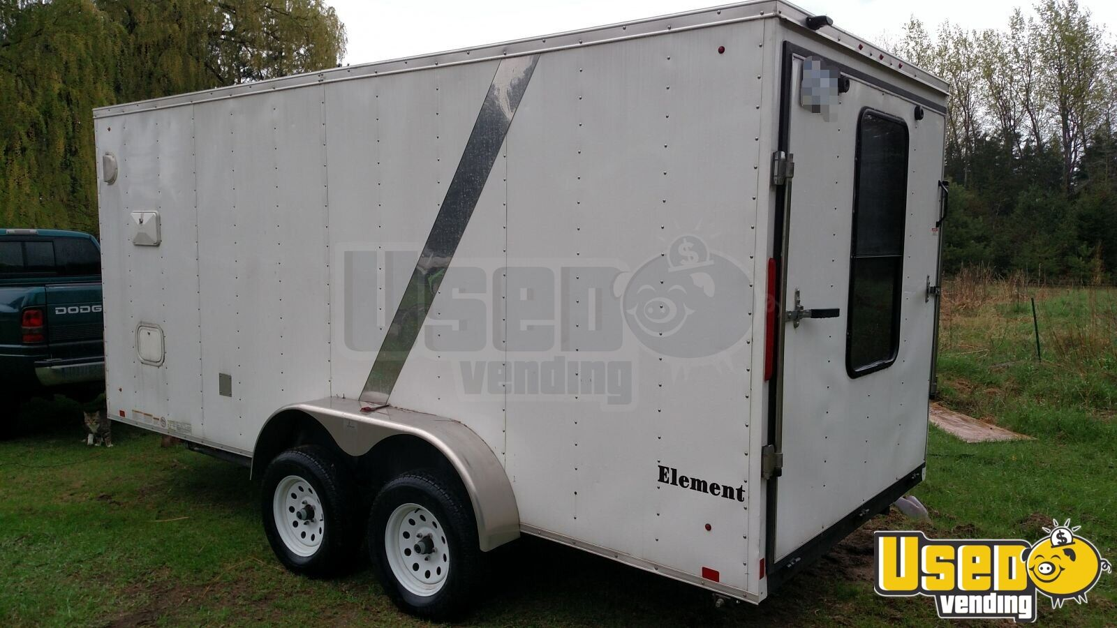 2012 Lgs Industries Concession Trailer Insulated Walls Michigan for Sale - 3