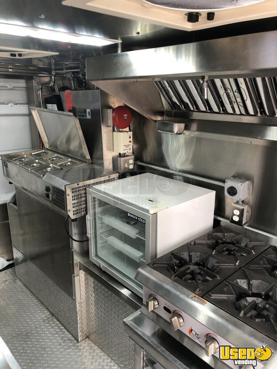2012 Mercedes Sprinter Food Truck Diamond Plated Aluminum Flooring Florida Diesel Engine for Sale - 6
