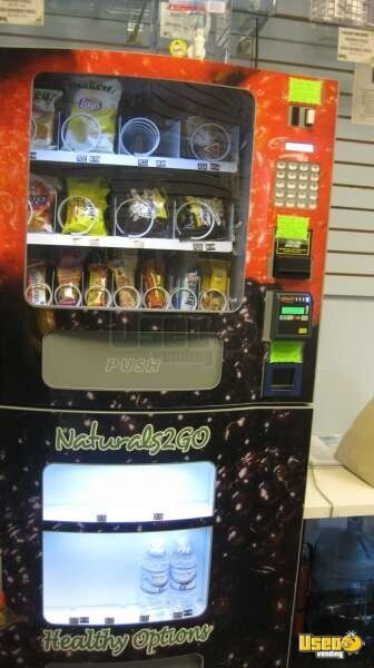 2012 Naturals 2 Go Vending Combo Texas for Sale