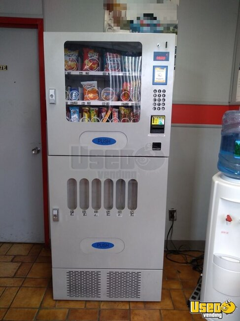 2012 Seaga Ubs 6-18 Seaga Vending Combo New York for Sale