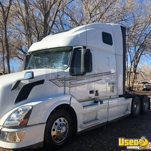 2012 Vnl Volvo Semi Truck Microwave New Mexico for Sale