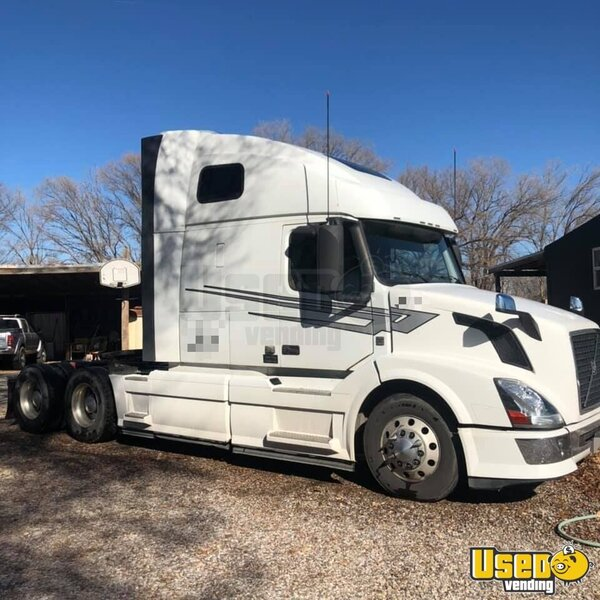 2012 Vnl Volvo Semi Truck New Mexico for Sale