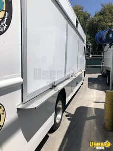2013 Catering Truck All-purpose Food Truck Air Conditioning California Diesel Engine for Sale
