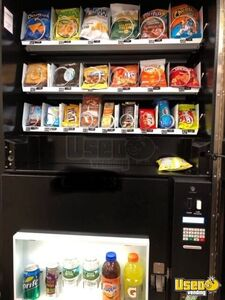 2013 Naturals 2 Go Vending Combo 4 Connecticut for Sale