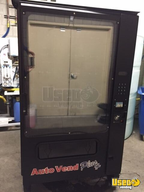 2013 Wittern Model 3572 Usi Snack Machine 3 California for Sale - 3