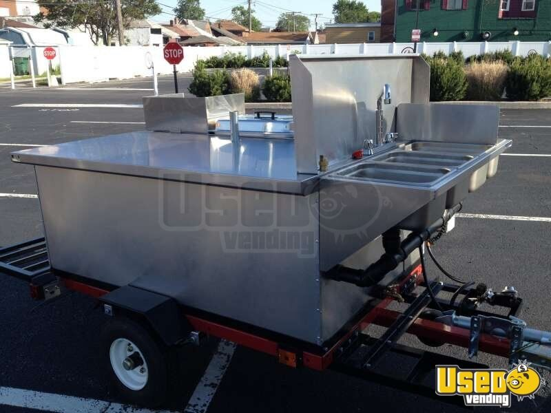 2014 Dock Dawgs Big Dawg Food Cart 5 Michigan for Sale - 5