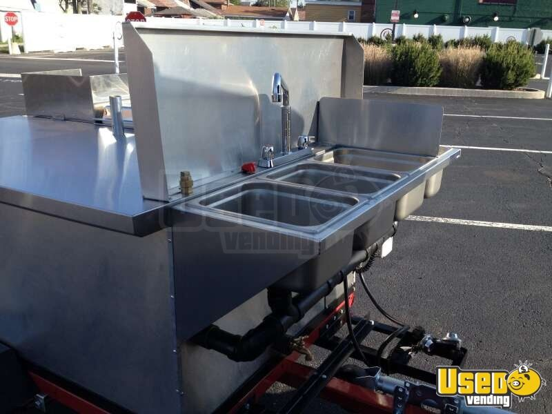2014 Dock Dawgs Big Dawg Food Cart 6 Michigan for Sale - 6
