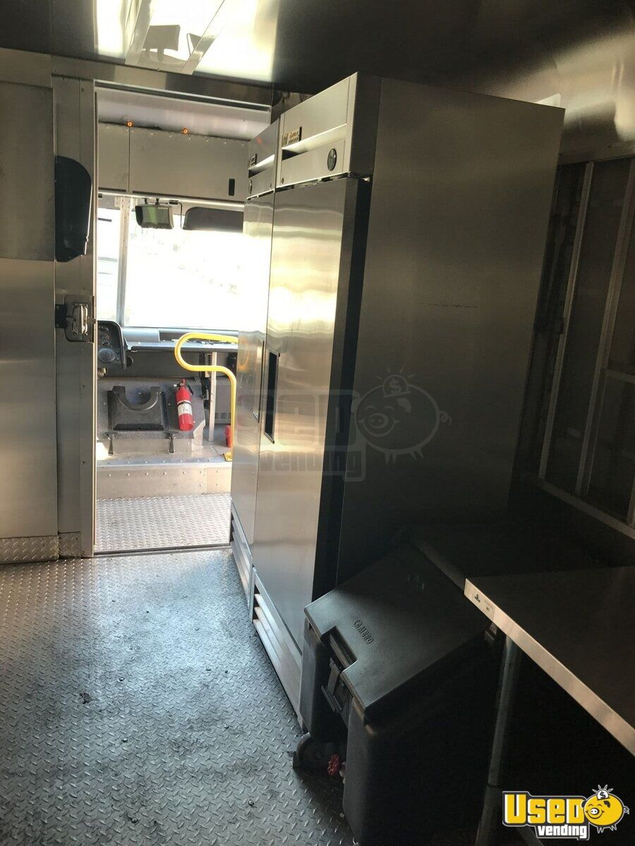 2014 Ford F59 All-purpose Food Truck Awning New York Gas Engine for Sale - 5