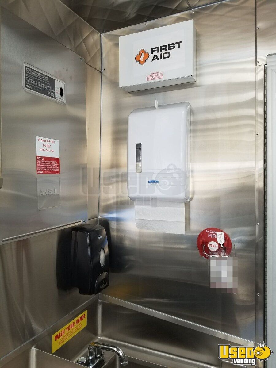 2014 Ford F59 All-purpose Food Truck Fryer California Gas Engine for Sale - 14