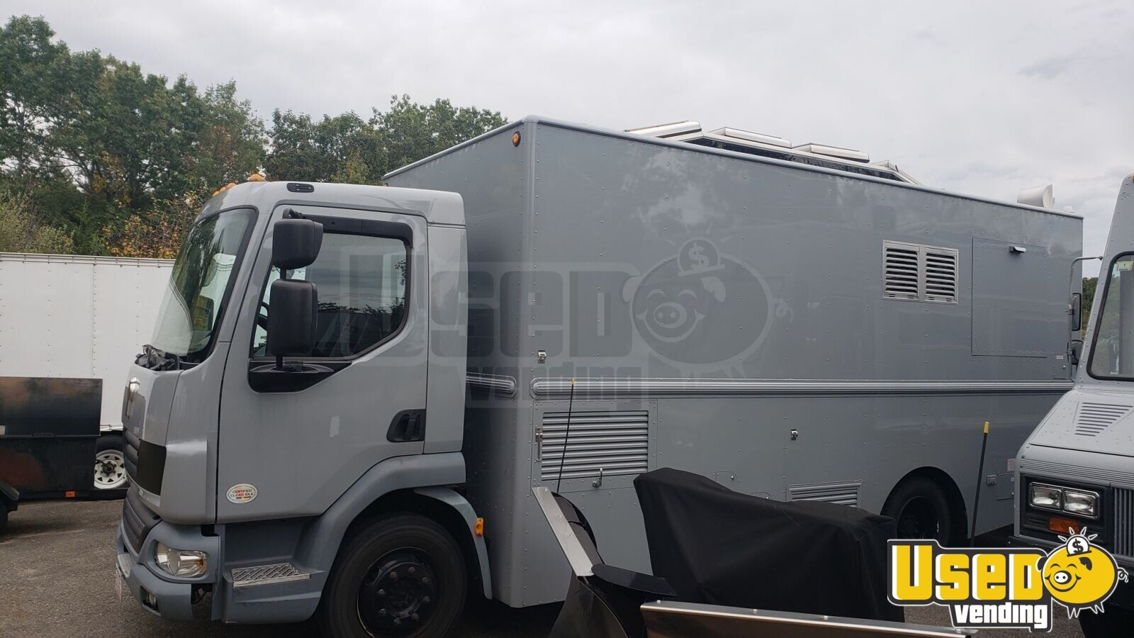 2014 K270 W/ Hivco Custom Body Kitchen Food Truck All-purpose Food Truck Massachusetts Diesel Engine for Sale - 1