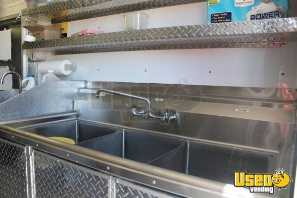 2014 Sanchez All-purpose Food Trailer Exhaust Hood Texas for Sale - 13
