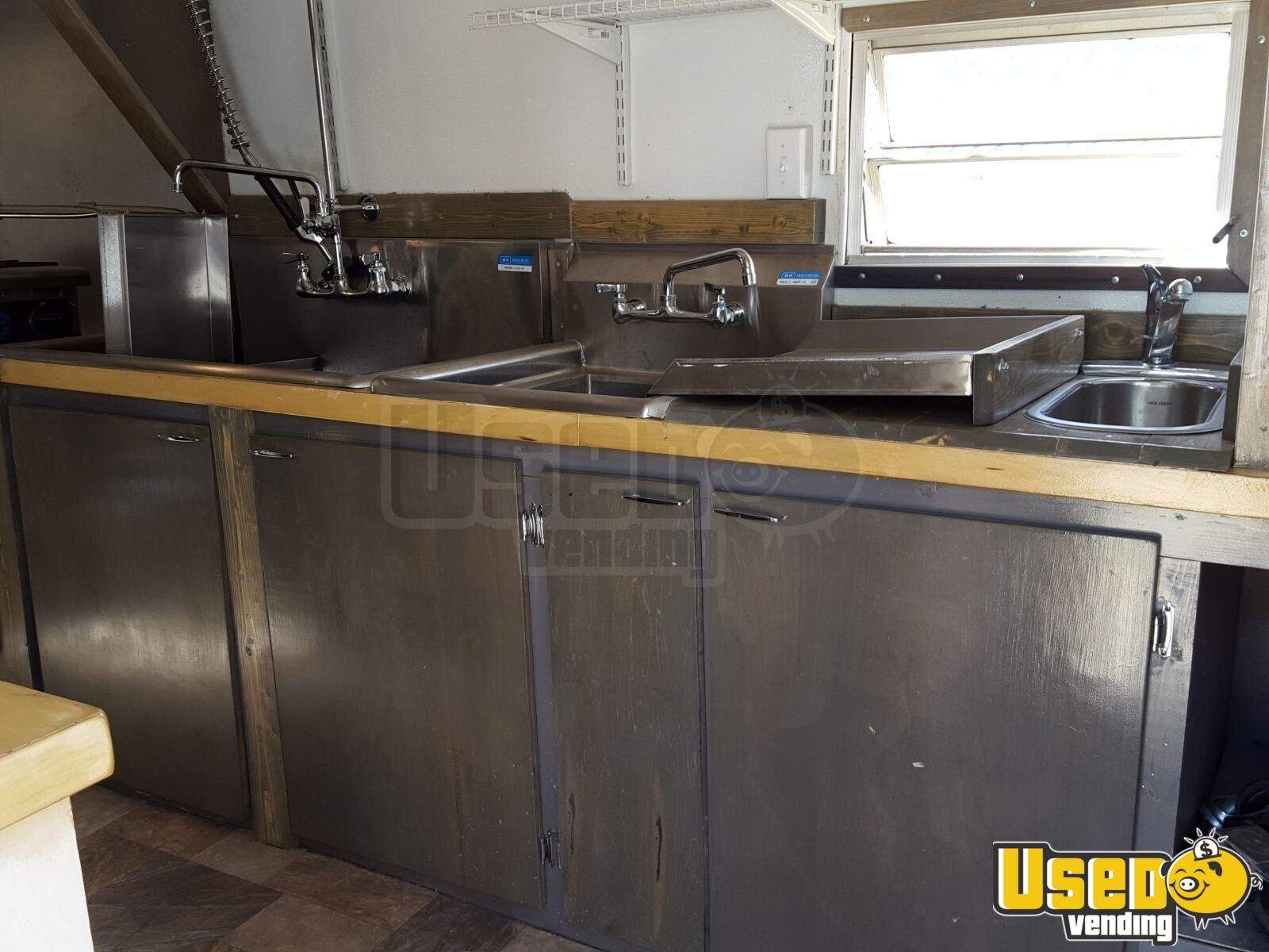 2015 Custom Concession Trailer Gray Water Tank Colorado for Sale - 18