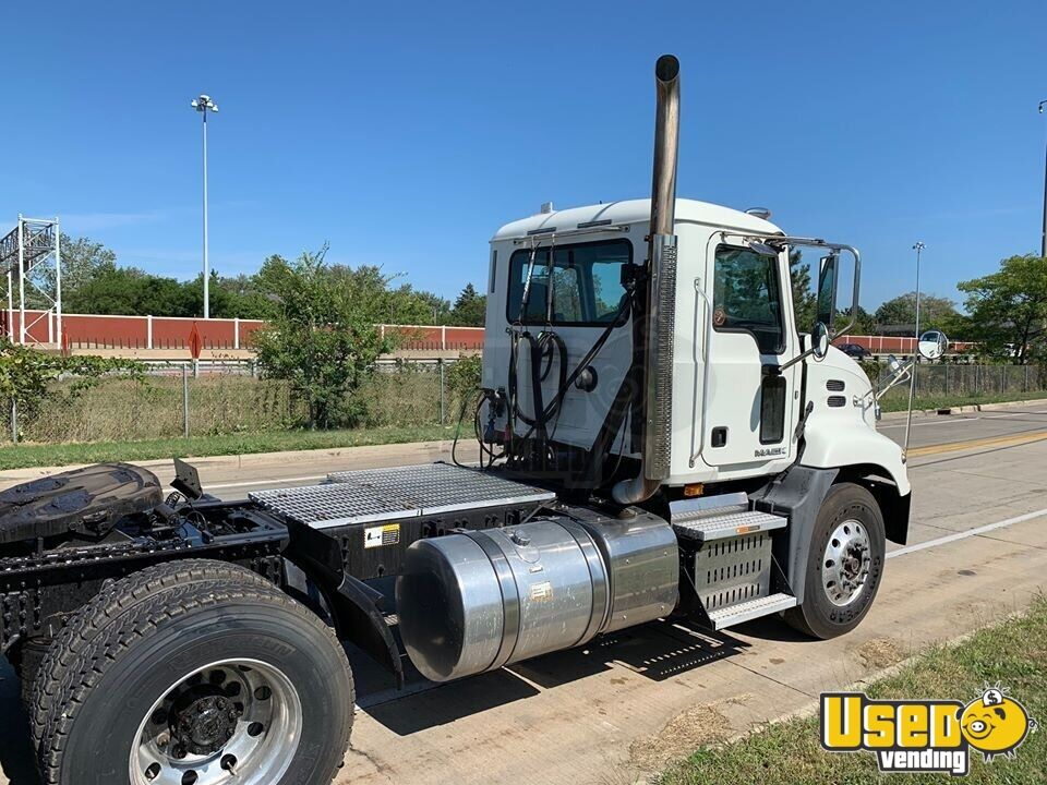 2015 Cxu613 Mack Semi Truck Chrome Package Ohio for Sale - 2